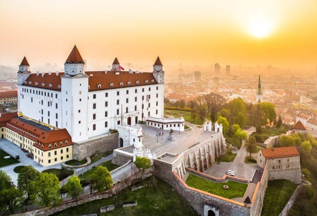 Advent u Bratislavi – hotel Crowne Plaza 4*